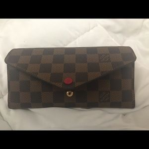 LV Josephine Wallet without the zip pocket